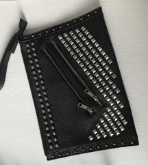 Zara crna pismo torba sa zakovicama