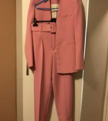 AKCIJA! Novo Zara odijelo+poklon novi top