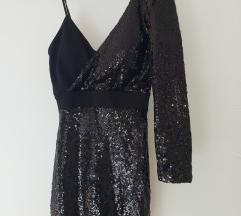 Crna šljokicasta haljina