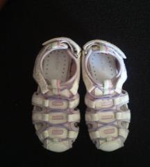GEOX sandale 27