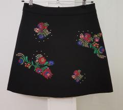 Zara mini suknja embroidered