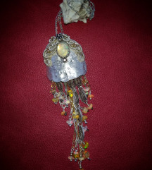 Jellyfish opal ogrlica
