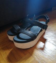 ASOS crne platform sandale