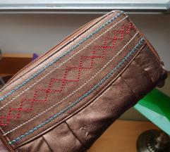 Smeđi novčanik/mala torbica