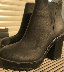 H&M čizme 38