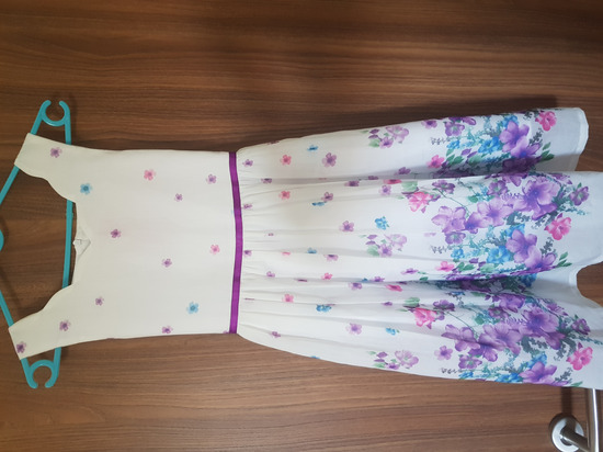 Nova haljina 9/10 god.