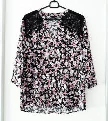 Cvjetna majica sa čipkom