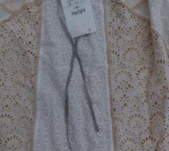 Zara suknja s rupičastim vezom - NOVO!