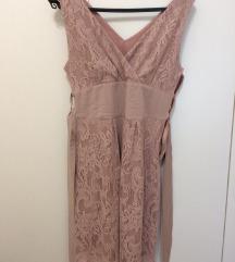 Roza haljina od čipke
