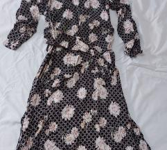 Duga cvjetna lepršava haljinica