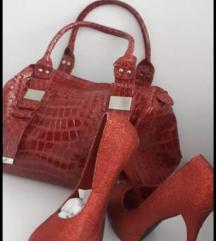 Crvene stikle i torba LOT