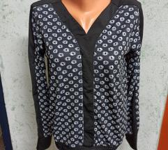Nova majica/bluza sa etiketom
