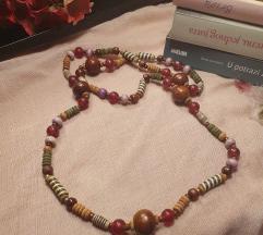 Ogrlica s drvenim perlicama