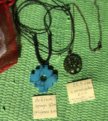 Dvije ogrlice/lančića
