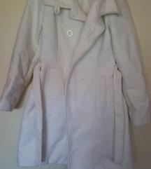 SADA 30 KN - Dugi bijeli kaput