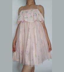 Lepršava svijetlo roza haljina