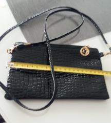 Mala nova torbica sniženo na 50