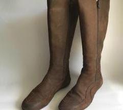 Smeđe visoke kožne čizme 38