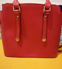 POVOLJNO 70 kn! Crvena torba+poklon