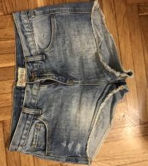 Zara kratke traperice