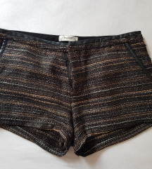 Kratke kul hlačice