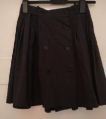 Siva školska suknja