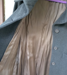 Fini strukirani kaput