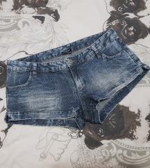 Calzedonia kratke jeans hlačice💟💟
