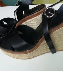 Kožne sandale na punu petu