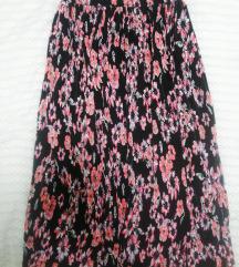 Šarena cvjetna suknja