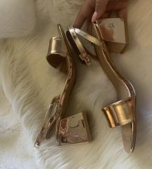 Zlatne sandalice *novo*