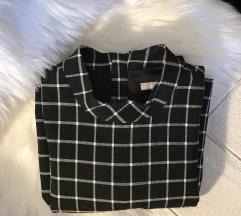 H&M mala crna haljina na pruge