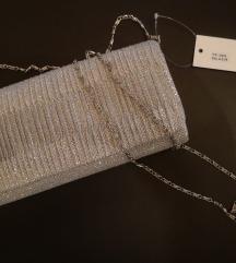 Srebrna clutch torbica