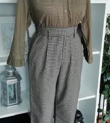 hlače BERSHKA,košulja H&M