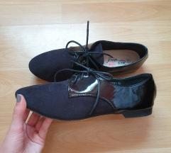Crne cipele kao oksfordice 40 (ukljucena pt)