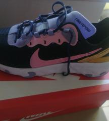 Nike React Element br. 38