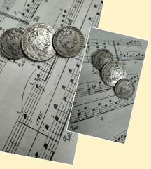 Tri gumba, replike tradicijskog nakita