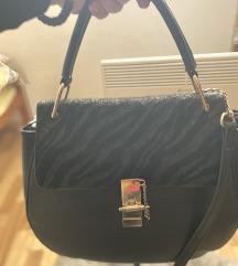 Crna torbica s uzorkom SNIZENO! :)