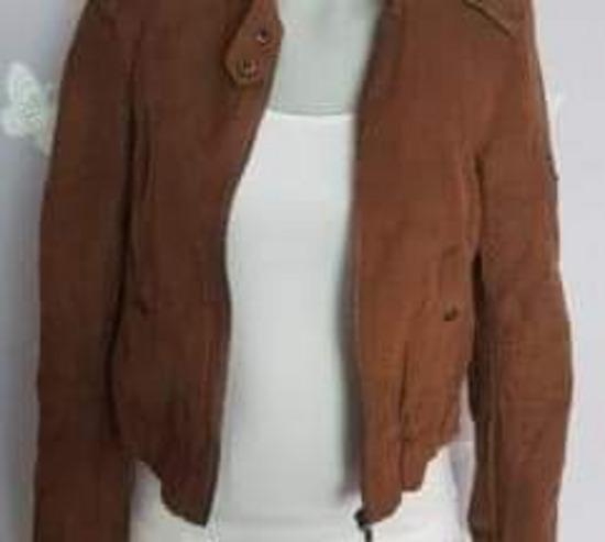 Bershka jakna kao NOVA