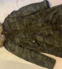 Bershka Premium zimska jakna