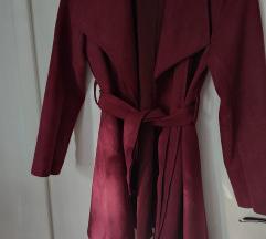 Ljubičasti kaputić s pojasom