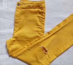 Zara traperice,tvornički poderane na koljenima