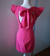 Nova Zara haljina s otvorenim leđima i mašnom
