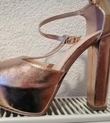 Nove broncane sandale