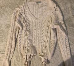 Zara knit bijeli pulover