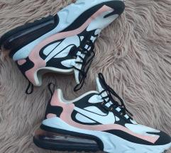 Nike 270 react NOVE
