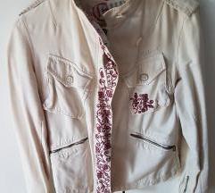 Lagana cvijetna jakna