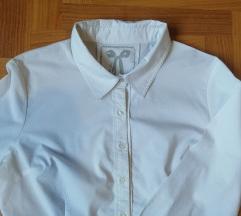 cache bijela košulja