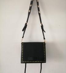 Crna srednja torba