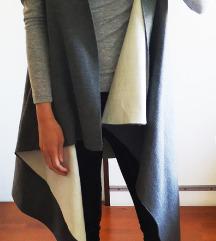 Novi kvalitetni C&A sivi mantil